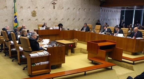 Sete dos dez juízes presentes votaram da mesma forma; Lewandowski é o único ausente