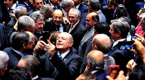 Fatura: por reformas, Temer tenta agradar ao máximo os aliados que o cercaram em 31 de agosto de 2016, data de sua posse definitiva