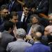 Maia e demais lideranças da Câmara discutem pauta em plenário