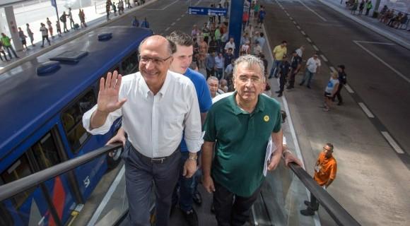 Presidenciável do PSDB, Alckmin quer ajudar a viabilizar reforma de Temer