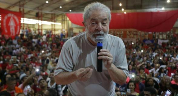 """""""Seguindo a lógica do golpe, Lula será condenado pelo TRF-4. A discussão é se será um 3 x 0 ou um 2 x 1"""""""