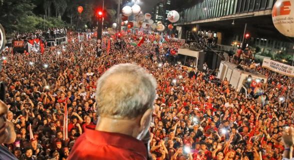 """""""O julgamento do dia 24 de janeiro próximo será um divisor de águas na cultura política brasileira. Onde vamos colocar o Lula?"""""""