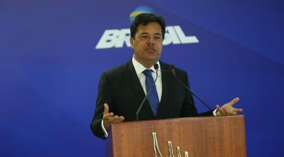 Ministro é o terceiro a deixar o governo com foco nas eleições de outubro