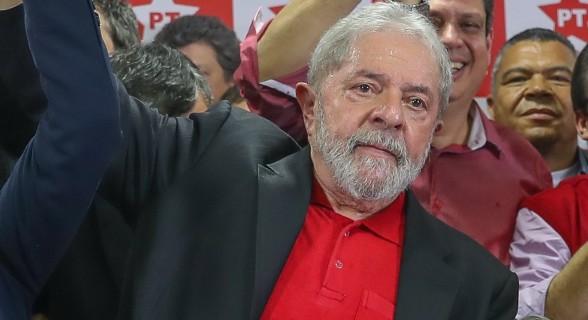 Lula pode comparecer à sessão, desde que não se manifeste. Mas sua ausência é dada como certa