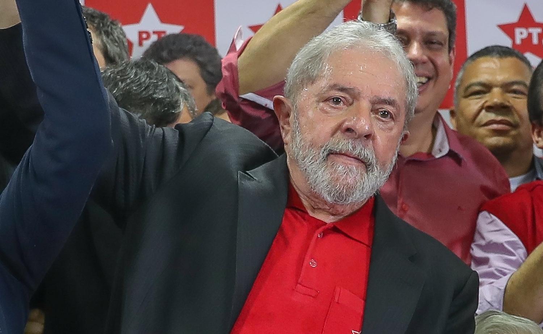 Lula acompanha julgamento no Sindicato dos Metalúrgicos, em São Paulo