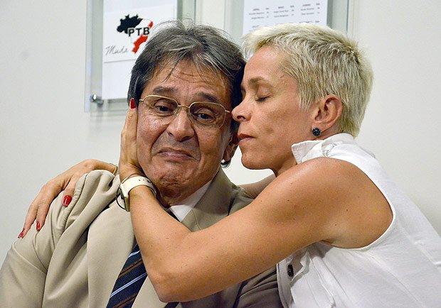 Resultado de imagem para fotos de roberto jefferson com a filha cristiane brasil