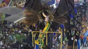 Temer vira vampiro no desfile da Paraíso do Tuiuti