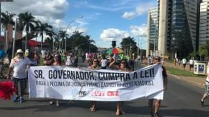 De olho na reeleição, Rollemberg acumula problemas em Brasília