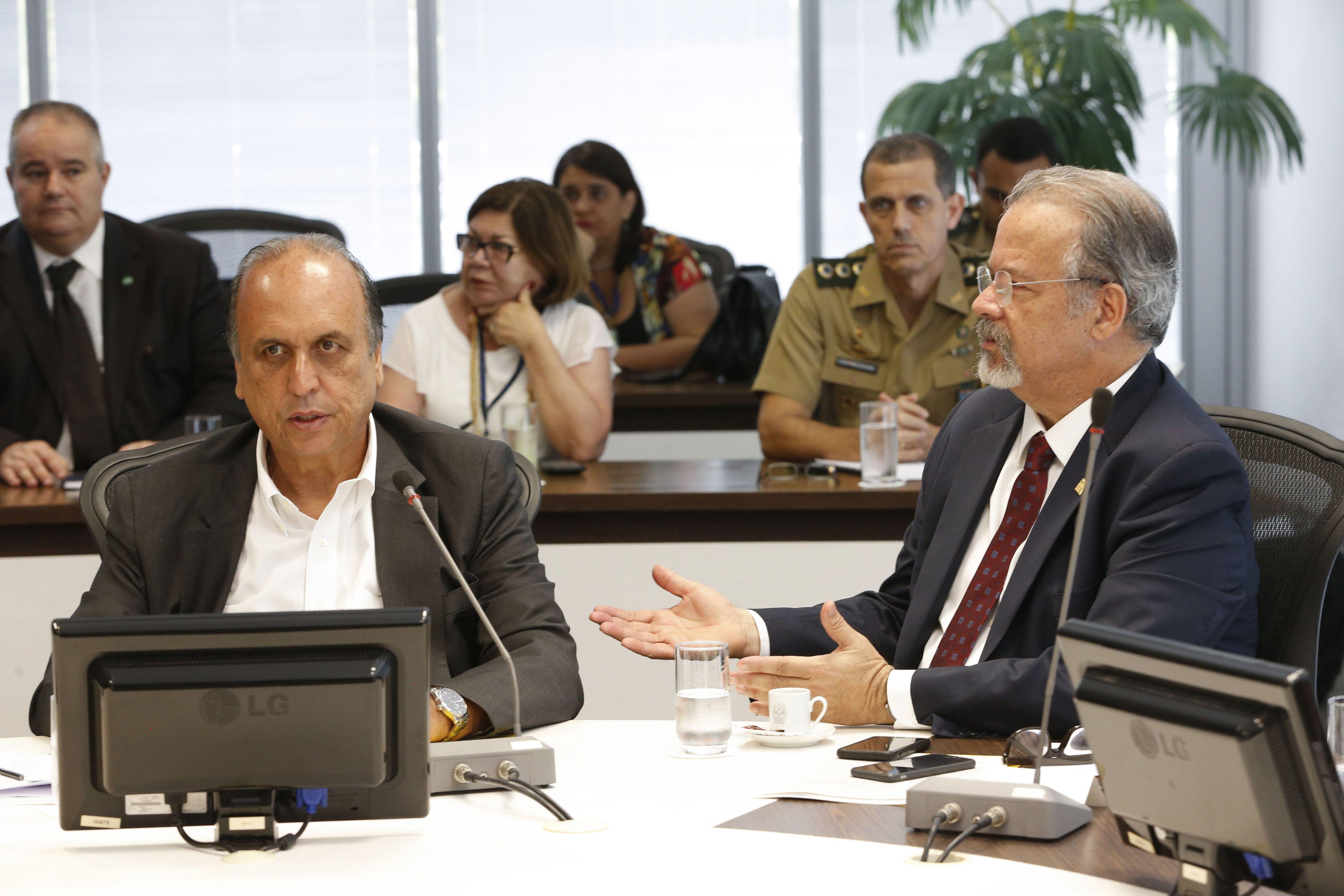 Rio de Janeiro terá nova intervenção federal na segurança