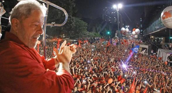 """""""Tanto por razões humanitárias, quanto éticas e até pragmáticas, é hora de o PT passar a priorizar o futuro do Lula como ser humano"""""""