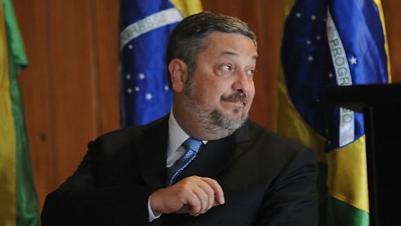 Palocci fecha acordo de delação premiada com a PF
