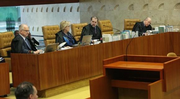 Voto de Fachin (à esq.), relator do pedido, preponderou na sessão plenária