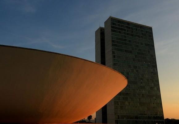 Partidos receberão R$ 1,7 bilhão para campanha eleitoral