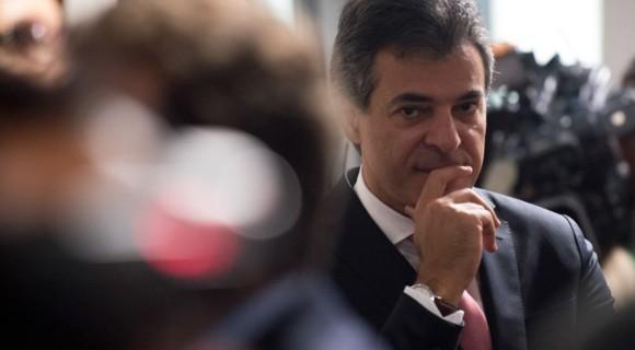Governador deixou governo do Paraná para disputar uma cadeira no Senado