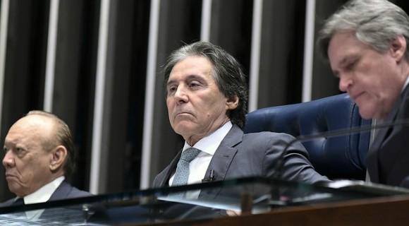 """Eunício fala em """"calendário especial"""", mas até ato da Primeira Secretaria já formalizou folga em dias de jogo"""