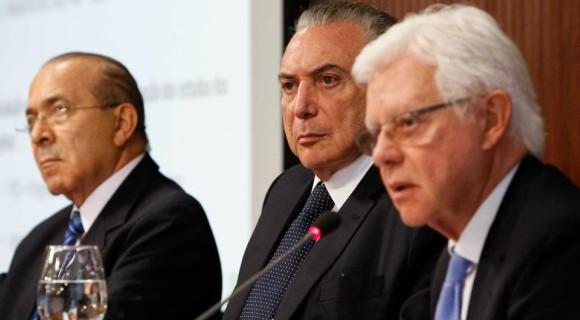 """Padilha, Temer e Moreira Franco: """"quadrilhão do PMDB"""" com futuro incerto"""