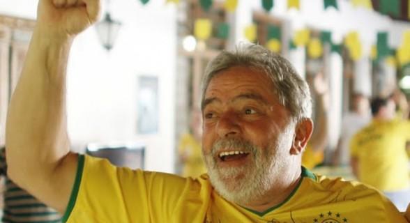 Lula fará seus comentários sobre os jogos da seleção em cartas