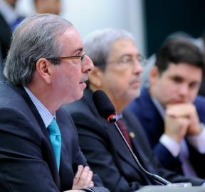 MP do mínimo provoca racha entre Cunha e oposição | Congresso em Foco