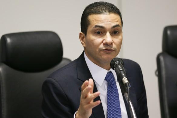 Investigado na Lava Jato, ministro Marcos Pereira entrega cargo a Temer |  Congresso em Foco