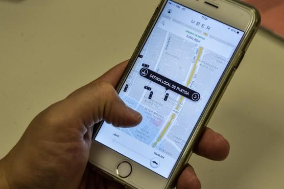 Resultado de imagem para Senado retira propostas anti-Uber e projeto agora retorna para a Câmara