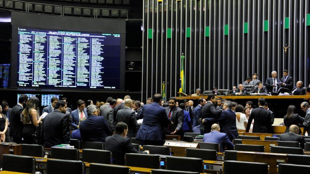 Resultado de imagem para Governo prepara o caminho para atender políticos na nomeação de cargos