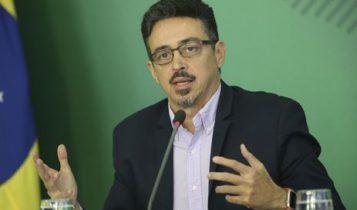 """Ministro - Sérgio disse que está de """"sacio cheio"""" de manifestações políticas em shows no Brasil"""