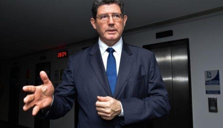 Ex-ministro. Ministro volta ao governo depois de comandar diretoria financeira do Banco Mundial