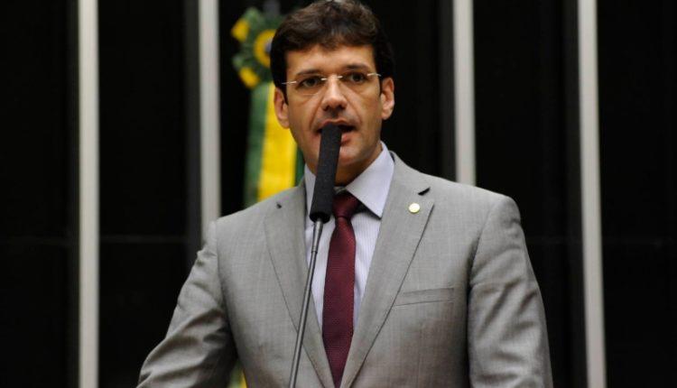 Marcelo. Com 44 anos de idade, Marcelo Álvaro Antônio reelegeu-se para a Câmara em outubro com a maior votação obtida em Minas Gerais