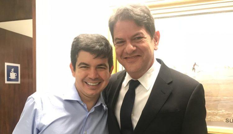 Randolfe e Cid Gomes encabeçam movimento de oposição no Senado