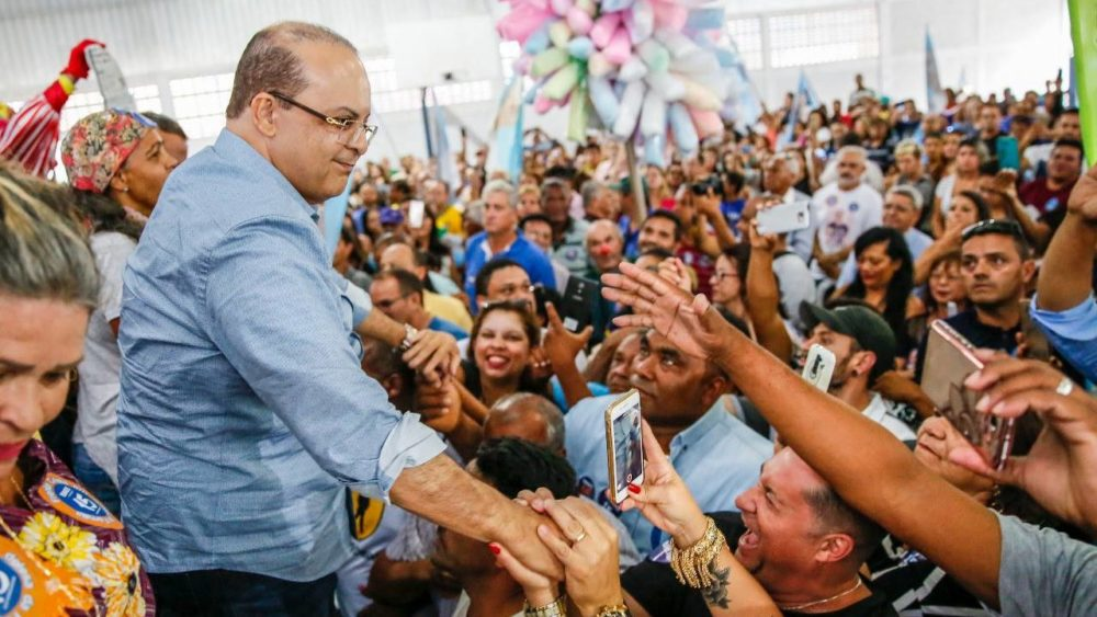 Governador eleito do Distrito Federal foi beneficiado por disparos em massa no WhatsApp - Reprodção / Facebook