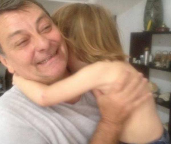 Battisti tem um filho economicamente dependente dele no Brasil, lembra colunista