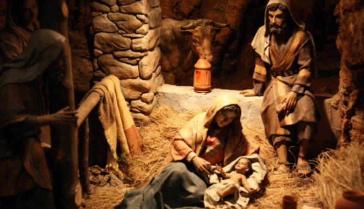 """Natal. """"O menino veio ao mundo da forma mais simples e pobre, como se Deus quisesse dizer: olha, não é a riqueza, gente! Felicidade rima é com... simplicidade. Esse é o recado"""", avalia colunista"""
