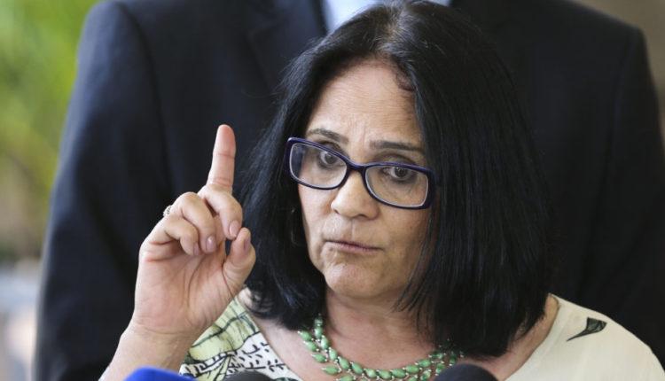 Futura ministra dos Direitos Humanos conta que foi estuprada por pastores dos seis aos dez anos