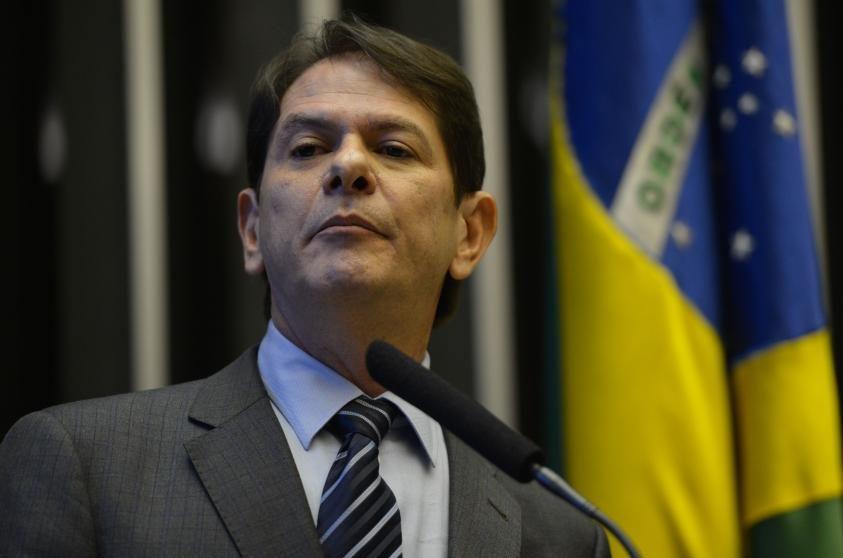 Resultado de imagem para SENADOR CID GOMES NO ENCONTRO DO PDT PELOS 100 DIAS DO GOVERNO DE JAIR BOLSONARO