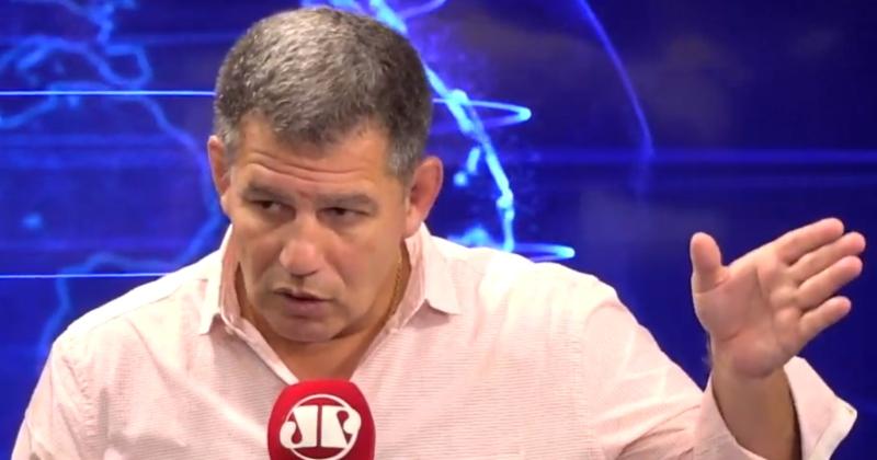 """""""Carlos Bolsonaro fez macumba psicológica no pai"""", diz Bebianno; veja vídeo - Reprodução"""