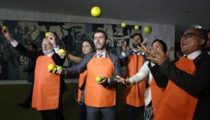 """Bolsonaro evitou encontrar com os deputados do Psol, que fizeram manifestação em alusão ao """"laranjal do PSL"""""""