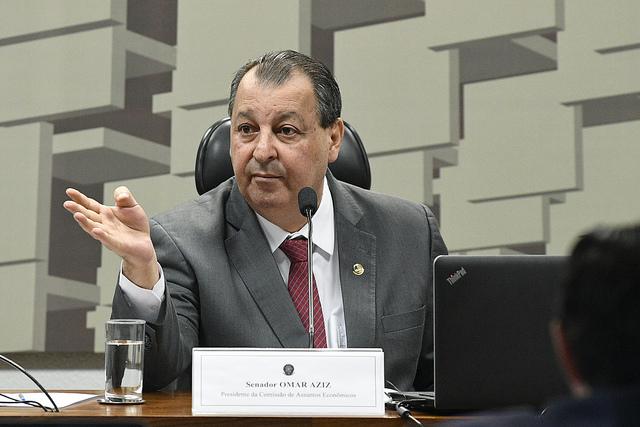 "Deixa de ser mentiroso!"", diz Omar Aziz sobre repasse de verba ao Amazonas | Congresso em Foco"