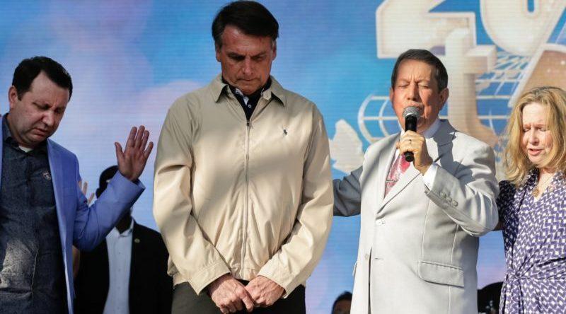 Bolsonaro veta parte de perdão a dívidas de igrejas | Congresso em Foco