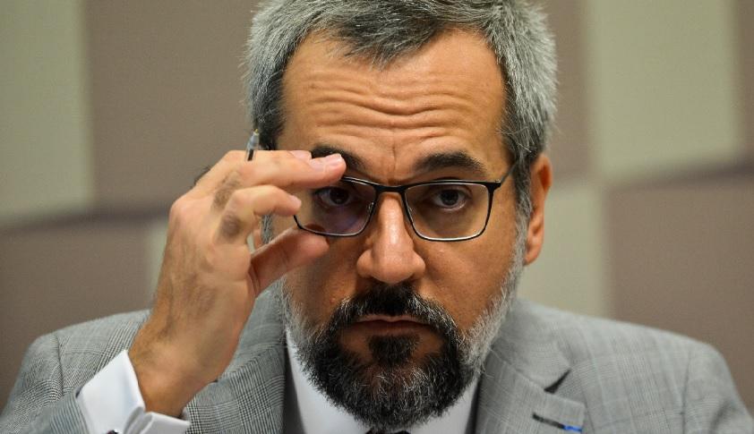 Senador pede prisão de Weintraub e seu afastamento imediato do MEC ...