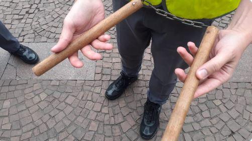 Em manifestação bolsonarista com 100 pessoas, três são presas com armas brancas 10