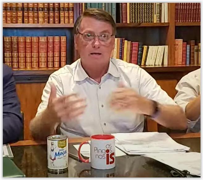 Em live, Bolsonaro provoca Renan e anuncia passeio no Dia das Mães