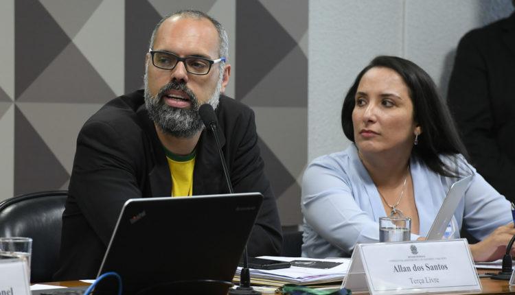 Allan dos Santos, do Terça Livre, em depoimento na CPMI das Fake News em 2019: grupo se considerava o maior canal de perfil conservador fora dos EUA [fotografo]Roque de Sá/ Agência Senado[/fotografo]