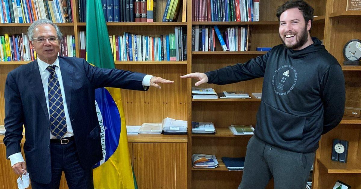 Brasil pode virar Venezuela em um ano e meio, diz Guedes