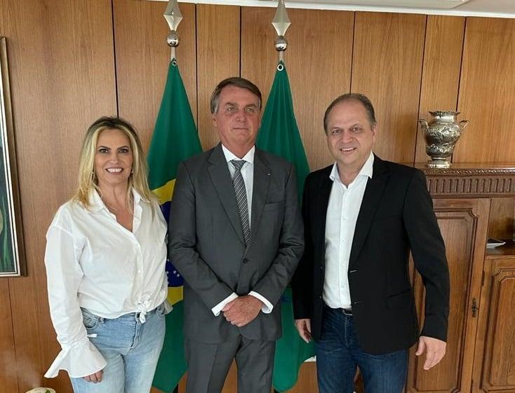 Bolsonaro nomeia esposa de líder do governo como conselheira da Itaipu