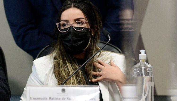 Emanuela Medrades, da Precisa Medicamentos [fotografo] Pedro França/Agência Senado [/fotografo]